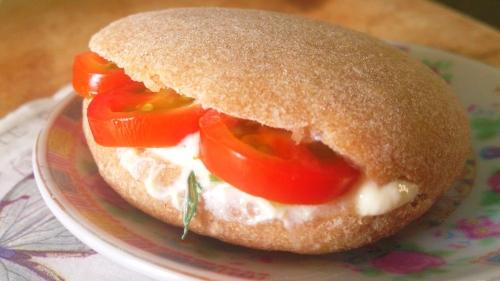גבינת טופו-שמנת עם שום-שמיר